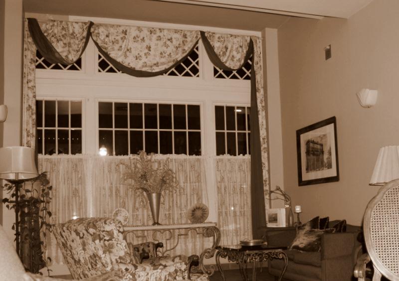 The Haunted Bella Maggiore Inn (1/6)