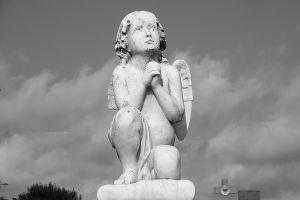 angel-monument